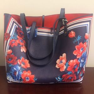 Handbags - Pretty floral reversible leather tote bag